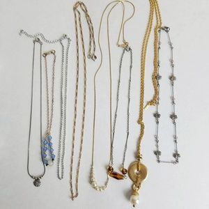 Lot of 8 Necklaces Wearable Bundle